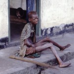 Starving-woman-africa-biafra-nigeria-conflict-famine